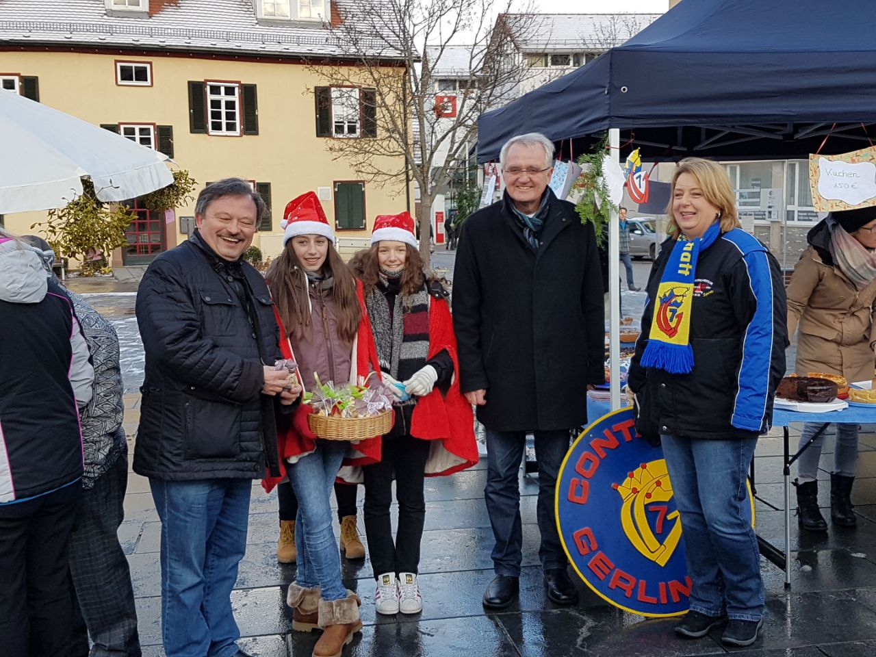 Kuchenverkauf auf dem gerlinger marktplatz kg contacter for Küchenverkauf